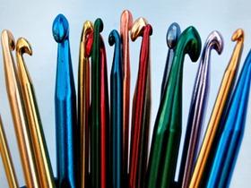 Материалы и инструменты для вязания крючком