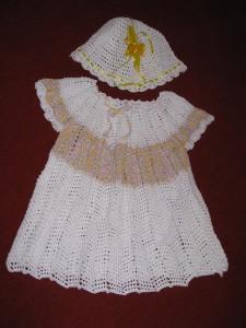 Свзанное платье для девочки