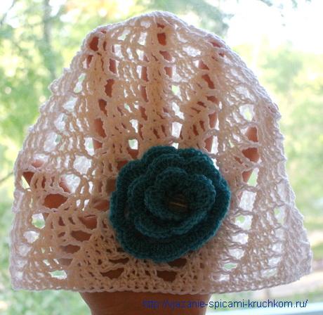 Красивая летняя шапочка